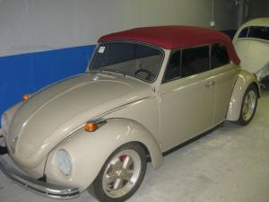 custom canvas top installed on this Volkswagen bug
